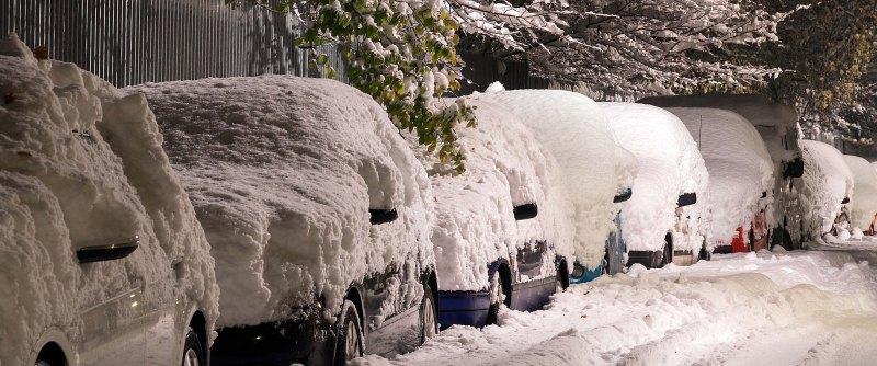 Det är tyvärr helt ditt eget ansvar att skotta bort snön på bilen... Foto: Unsplash